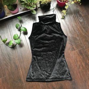 🦋3/50$ PLT crushed velvet turtleneck top